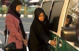 نقد طرفداران حجاب اجباری در جمهوری اسلامی